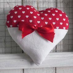Coeur de noel en tissu rouge et blanc