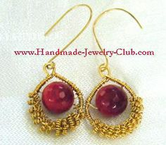 FREE steps on the blog: DIY Wire Jewelry Making: Coild Earrings Tutorial ~ LOVE  THESE!