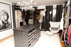 Turn a Spare Bedroom Into a Dressing Room Closet