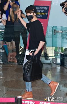 [Picture/Media] BTS at Gimpo Airport Heading To Beijing [160722]