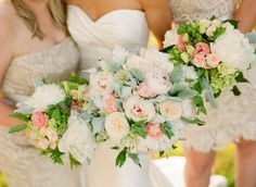 Photography: Jen Fariello - www.jenfariello.com flowers by Southern Blooms  Read More: http://www.stylemepretty.com/2014/03/10/pollak-vineyards-wedding/