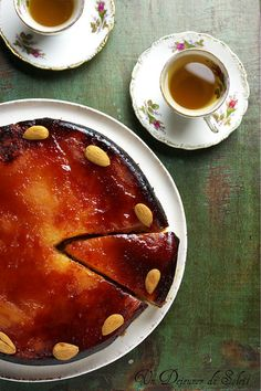 Magical and yummy Tarte Tatin from Christine Ferber. (in French & Italian) Dessert Aux Fruits, Blondie Brownies, Sweet Tarts, Recipes From Heaven, Desert Recipes, Macaroons, Other Recipes, Easy Meals, Simple Meals