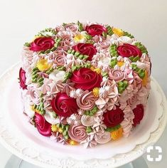 Pretty Cakes, Beautiful Cakes, Amazing Cakes, Simply Beautiful, Food Cakes, Cupcake Cakes, Rose Cupcake, Cupcake Ideas, Cup Cakes