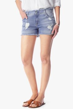 7 For All Mankind Raw Edge cut off short with destroy in crete island