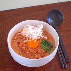 2016年10月 アメブロ開設札幌市内に住む元兼業主婦P子です小さなマンション住まい長い事、フルタイムで働いてましたので夜に次の日の用意をする習慣がな… Ramen, Noodles, Japanese, Ethnic Recipes, Food, Macaroni, Japanese Language, Noodle, Meals