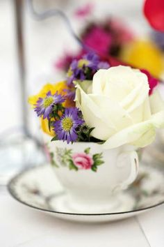 See our tips for creating a beautiful bouquet on a budget here: http://www.weddingmagazine.co.uk/flowers-article-Budget-busting%20flower%20ideas.html