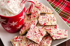 The Easiest Peppermint Bark Ever! – 12 Tomatoes, Chocolate Peppermint Bark Recipe Taste of Home, Simply Scratch Salted Chocolate Peppermint. Christmas Desserts, Christmas Treats, Christmas Goodies, Snack Recipes, Dessert Recipes, Snacks, Baking Recipes, Delicious Recipes, Easy Recipes