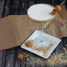 Caramel Cheesecake Martini @keyingredient #honey #cheesecake #caramel