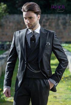 Abito da sposo nero per uomo fashion. Completo ONGala 2166. Collezione  Fashion Formal 2018 b49b34501e9