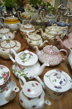 vintage teapots | Vintage Teapots for hire!
