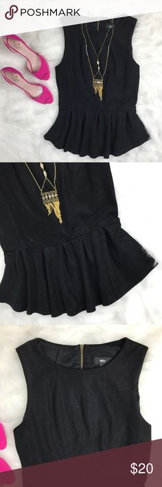 "Mossimo Black Sleeveless Peplum Top Size Medium Black peplum top with zipper at back of neck. Bust 18"" • Waist 14"" • Length 26"" Mossimo Supply Co Tops"