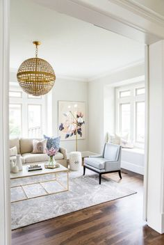 white living room decor view larger red black and white living room decorating ideas. white living r Home Decor Inspiration, Interior, Transitional Living Rooms, Formal Living Rooms, Home Decor, Room Inspiration, Living Room Interior, House Interior, Living Decor