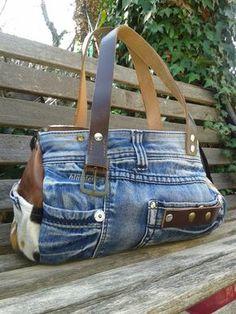 Bag Denim Handbag OOAK Purse - Denim purse handbag bag OOAK made just for you Jean Purses, Purses And Bags, Sacs Tote Bags, Sewing Jeans, Denim Purse, Denim Crafts, Old Jeans, Recycled Denim, Handmade Bags