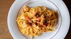 Uncino, la belle cuisine de l'île d'Elbe Paris Restaurants, Spaghetti, Ethnic Recipes, Food, Beautiful Kitchen, Recipe, Meals, Yemek, Noodle