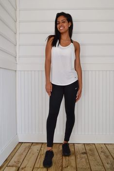 Athleisure—The Do's and Don'ts All Black Nikes, Black Nike Sneakers, Colorful Sneakers, Cute Sneakers, Campus Style, Athleisure Trend, Athletic Looks, Athletic Outfits, Simple Outfits