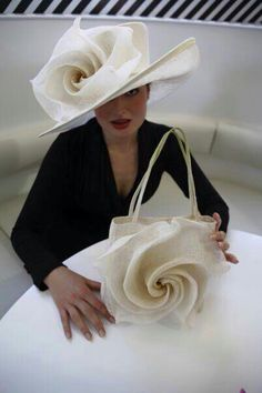 --gasp!-- If at all possible, match your Purse to your Hat, no matter how over the top it may be! --agree?--disagree?--!!!!!