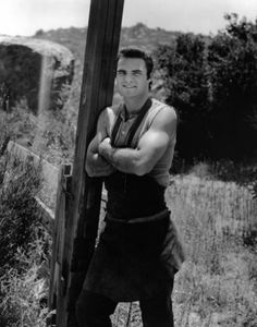 Pictures & Photos from Gunsmoke (TV Series 1955–1975). Burt Renolds played Quint Asper, a blacksmith