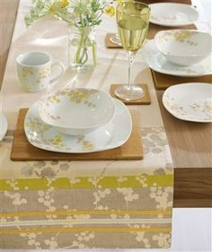 A Good Life dinner party Teal House, Dinner Sets, Next At Home, Summer Colors, Well Dressed, Table Runners, Life Is Good, Napkins, Sweet Home