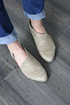 dc2b175c673 Our popular side cut-out slip-on flats These stylish and comfy shoes are