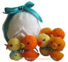 Easter Egg with Six Little Ducks Inside...pattern to purchase as a downloadable pdf
