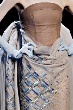 Christian Dior Spring 2011 Couture - Details - Gallery