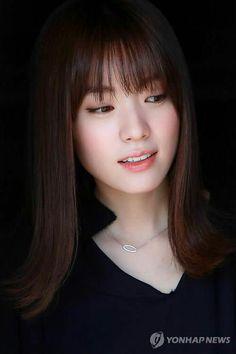 The most beautiful actress in korea Han Hyo Joo 한효주 World Most Beautiful Woman, Beautiful Asian Women, Korean Beauty, Asian Beauty, Studio Hair, Bh Entertainment, Han Hyo Joo, W Two Worlds, Japan Girl