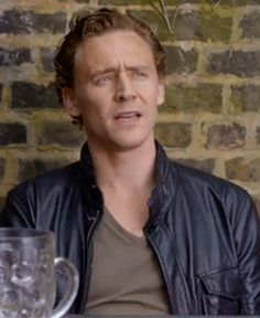 Tom Hiddleston in Friend Request Pending (short film, 2012). Video: http://sendvid.com/4cc0nw1q