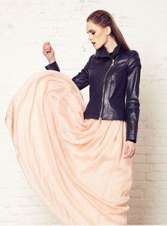 El diseñador de moda femenina Alex Vidal via @decorarunacas