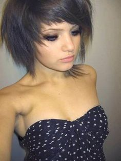 Asymmetrical emo Hairstyles