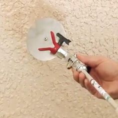 The accessory tool is specially used for wall color separated spraying, and create a clear colors wall spraying effect! Small Wood Projects, Diy Pallet Projects, Amazing Life Hacks, Useful Life Hacks, Pvc Pipe Crafts, Construction Tools, Home Tools, Cool Gadgets To Buy, Home Gadgets