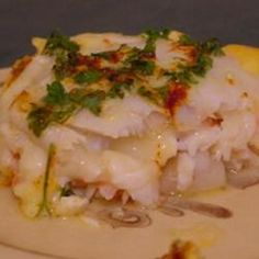 This is a beautiful combination of baked flatfish, scallops, crab and prawns. Perfect for a romantic dinner for two. Fish Recipes, Seafood Recipes, Seafood Meals, Lobster Stew, Wine Butter, Seafood Bake, Dinner For Two, Grilled Shrimp, Romantic Dinners