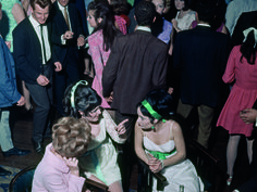 Love this photo of Brisbane nightclubbing in the 1960s. There's another great one with a Qantas poster advertising airfares to London for $390  :)    Photo: Ron and Elizabeth Morrison