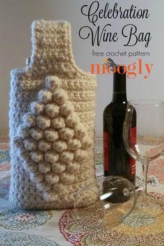 Celebration Wine Bag - holds 2 bottles! Free one skein crochet pattern on Mooglyblog.com!