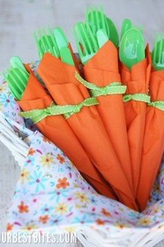 Cenouras como embrulhos de talheres (Foto: Reprodução - Pinterest)
