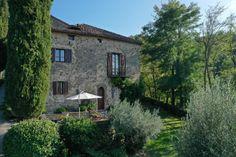 Photos of Montecastelli, Umbertide, Perugia, Umbria, Italy - 53311956 Umbria Italy, Image 30, Farmhouse, House Styles, Photos, Cottage, Plantation Homes