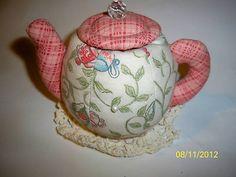 Tea pot pin cushion. Sew Adorable.   Photo via ebay