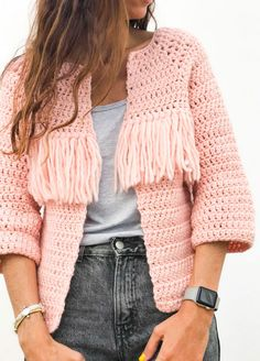 Crochet Kit Petite Wool Valira Cardigan See other ideas and pictures from the category menu…. Crochet Bolero, Gilet Crochet, Crochet Cardigan Pattern, Crochet Jacket, Crochet Patterns, Vogue Knitting, Loom Knitting, Free Knitting, Mode Crochet