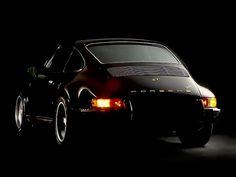 Porsche 911 Carrera 2 Coupé, Aufbau im Retro-Stil des 911 ST Porsche 911 Carrera 2 Coupe, retro-styled construction of the 1971 911 ST Porsche 911 964, Porsche Autos, Porsche Cars, Porsche Classic, Classic Cars, Ferdinand Porsche, Carrera, Porsche Cayenne, Motorcycles