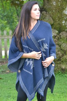 Diamond Knit and Patterned Poncho - Navy – Worn & Raised