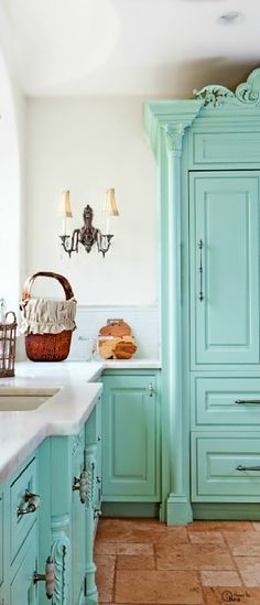 Beautiful kitchen. Color. Cabinets. Marble. Sink.