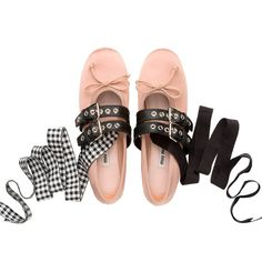 That's probably another fad for Miu Miu. Major draw of this season's footwork of Miu Miu is nothing else but the age-old ballet slipper. Miu Miu Ballerina, Ballerina Shoes, Sock Shoes, Cute Shoes, Shoe Boots, Miu Miu Shoes, Miu Miu Ballet Flats, Tassel Heels, Zara