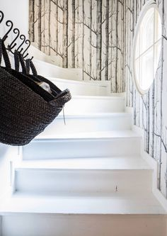 Small Entrance Halls, Home Interior, Interior Design, Stairway To Heaven, Outdoor Furniture, Outdoor Decor, Stairways, My Dream Home, Decoration
