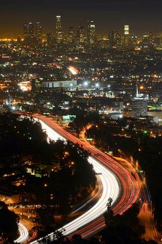 Attractive Los Angeles http://www.travelandtransitions.com/destinations/destination-advice/north-america/