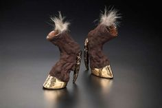 taxidermy heels by Iris Schieferstein Hoof Shoes, Shoes Heels, Pumps, Crazy Shoes, Me Too Shoes, Weird Shoes, Funny Shoes, Crazy Women, Shoe Art