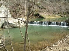 Hurricane Creek Park in lcoated in Cullman County, AL. This was a very nice day trip that started with a steep hike down in to the canyon. Hiking with picnic areas along the trails and a railway trip back up the mountainside when you're done.