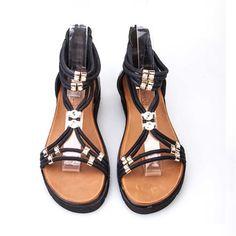 Cabani Taşlı Günlük Kadın Sandalet Siyah Deri