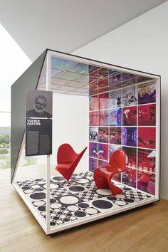 Vitrahaus . Vitra classics Chair Design, Furniture Design, Office Interiors, Pantone, Classic, Furnitures, The Originals, Derby, Classical Music