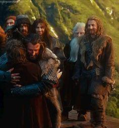 fuckyeahhotdwarves:Fili's feeling pretty good about that hug.