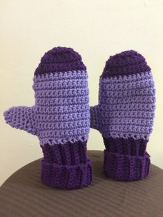 Dark and light purple mittens