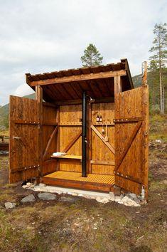 Arkitektens drømmehytte - adressa.no Cabin, House Styles, Home Decor, Modern, Decoration Home, Room Decor, Cabins, Cottage, Home Interior Design